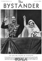 ******** Royal Wedding 1935 -- Duke and Duchess of Gloucester. Henry, Duke of Gloucester and Lady Alice Montagu Douglas Scott, later Princess Alice, Duchess of Gloucester (1901-2004), waving from the balcony of Buckingham Palace on the occasion of their wedding in November 1935. . Photograph in The Bystander, 13 November 1935. 13094